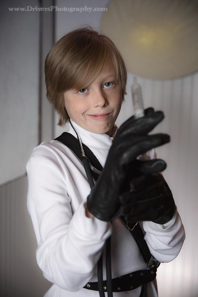 Jordan Chambers In The Doctor Anime Marvel Photographer